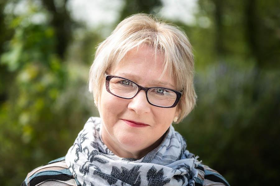 Sharon Wood - Funeral Celebrant Norfolk